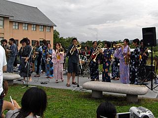 びっぐばんどすこいすとりーと 2008 夏場所 by BIG×BAND部